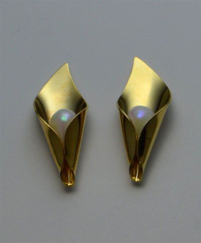 28 x 10 mm Gold or Silver Calla Lily with Pearl Center Magnetic Non Pierced or Pierced Earrings $35.00 Designed by LauraWilson.com