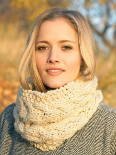 Chunky Cable Cowl Yarn Free Knitting Patterns Crochet ... / knits and k...