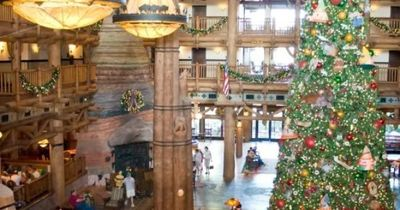 DONE (THE resort to stay at during Xmas holidays)-Christmas at Wilderness Lodge - Main Lobby