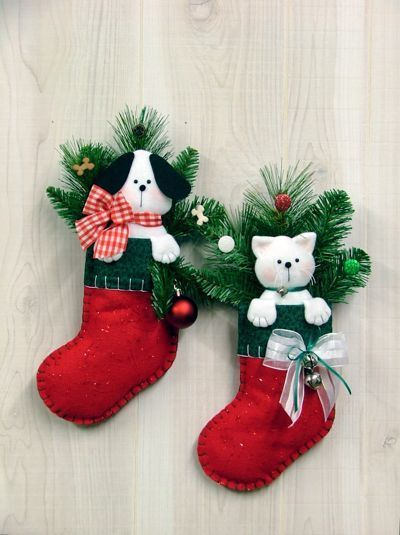 Puppy Kitten Stocking Wall Hangings So Cute Christmas