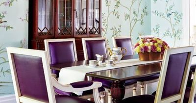 Traditional dining room w bold colors for my kitchen for Bold dining room colors