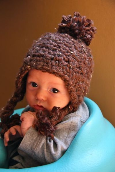 Don't know how to crochet but would love to learn and make things for friends/family. This is a cute baby hat!