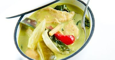 I can't even begin to tell you how much I love curry but Thai green curry might be my favorite of all.