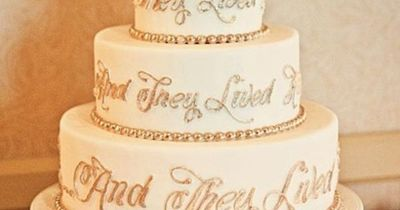 #disney cake #wedding cake #wedding