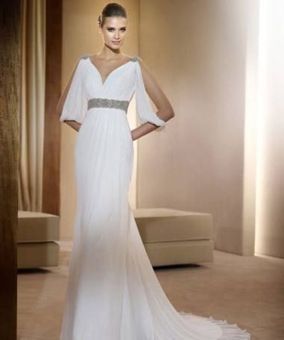Used Pronovias Famosa Size 12 for $1000. You saved 50% Off Retail! Find the perfect preowned dress at OnceWed.com.