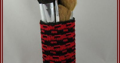 Oval Make-Up Brush Cup