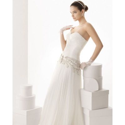 Charming A-line Sweetheart Beading Sweep/Brush Train Tulle Wedding Dresses - Dressesular.com