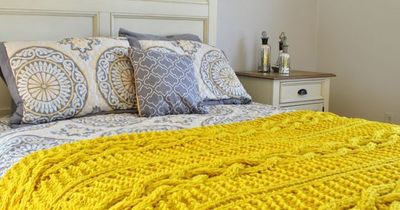 Cozy Chunky Cable Knit Throw Blanket