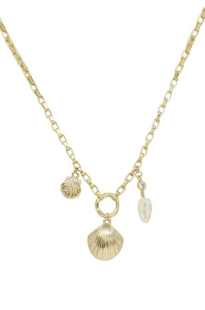 Simple Gold Chain & Shell �'�38.79