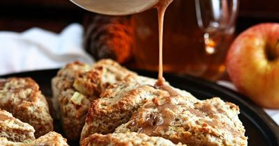 Tender, delicious Apple Scones with an Apple Cider ...
