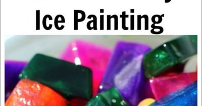 Beat the heat with this icy sensory art activity that is super easy to make and incorporates tons of playful learning. From Twodaloo.