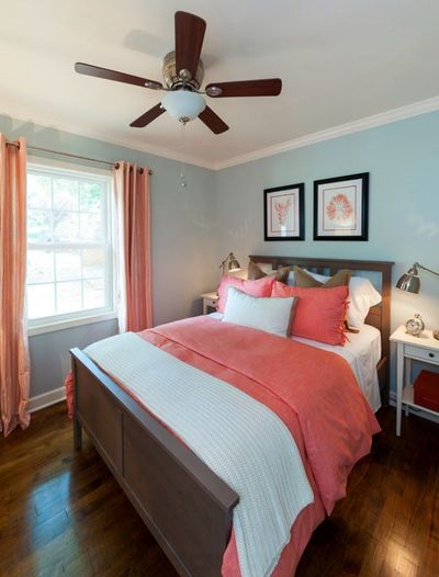 There's nothing more appealing in the summer than living lakeside! Interior designer Bridget Loftus Gasque of Loftus Design in Charlotte, North Carolina brought