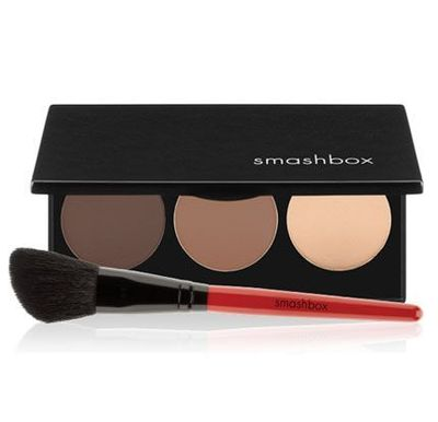 Smashbox Step-By-Step Contour Kit [One of the best contour kit on the market. Especially good for beginner. It tells you where and how to contour. The three colours are basically highlighter, bronzer and contour. All of the powders are matte finish.