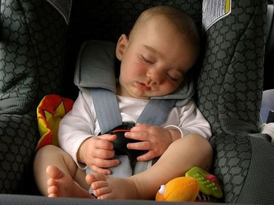 Guide to traveling with infants and taking them out in public