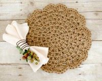 Add a rustic yet chic accent to your table with these pretty jute crochet placemats �€� make a set for yourself or give as a gift! Jute Crochet Placemats Pattern