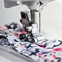 Sew Mama Sew | This site has LOTS of tutorials, including techniques and free patterns.