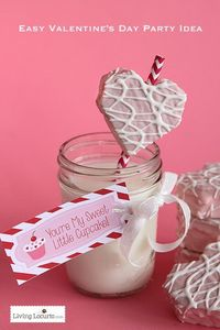 Easy Valentine's Day Party Dessert Idea with Free Printable Tags. By LivingLocurto.com