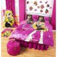 bratz Musical Starz Double Duvet Cover Official Bratz Musical Starz double duvet cover set made from 50% cotton and 50% polyester. Each set consists of a double duvet cover approx size 200 x 200 (79 x 79) and 2 pillow cases approx size htt...