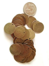 Pack of 50 Bronze Circle Tags. 20mm Tarnished Stamping Tags. £8.99