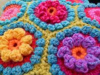 Has the pattern for the puffy flowers, the hexagons underneath, AND the pattern for joining it all together. Easy to understand.