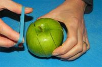 Who knew that a rubber band around a cut-up apple would keep it fresh and prevent it from turning brown!!
