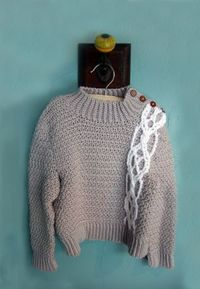 """Free pattern for this beautiful """"Severin Pullover"""" by Robyn Chacula!"""