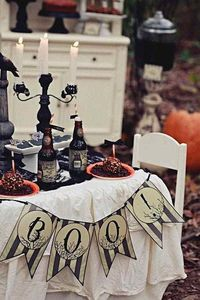 BOO Halloween pennant Banner Vintage chic shabby classy black and white rustic