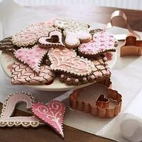 eat your �™� out. heart shaped and beautifully decorated cookies