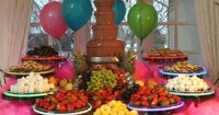 A chocolate fountain is ideal for parties or celebrations. It provides tasty treats and a stunning centerpiece. Melted chocolate is pumped through the fountain