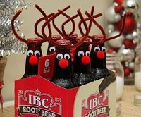 The holidays are almost here. It's time to get crafty. I love this great idea at Betty Crocker Wannabe! Root Beer Reindeers are simple to make, and would be gre