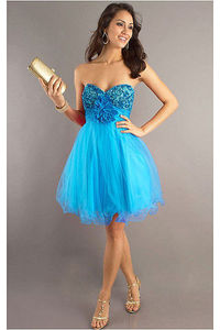 Sophisticated Knee-length Sleeveless Dropped Tulle Cocktail Dresses