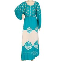 In elegant colors and amazing artistic touches comes this jilbab to be a breathtaking piece. The beautiful assortment between its blue and white cotton fabrics