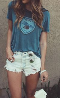 Every girl should have this summer outfit