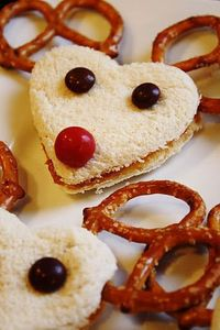The kids would love these! Reindeer sandwiches!!