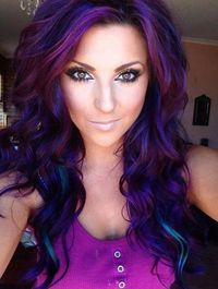 Wishing I had dark hair right now! LOVE the color!
