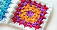 Crocheting the Day Away: Granny Square {Tutorial}