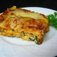 Easy Vegetarian Spinach Lasagna, one of my all time favourits when I don't have much time and still want to prepare a healty meal for my family