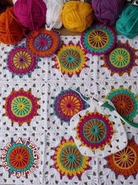 Crochet pattern circles in granny square by by ATERGcrochet