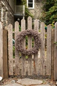 Churchmouse Yarns & Teas - Woolly Wreath & Garland Pattern
