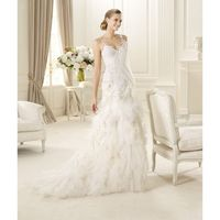 Honorable A-line Spaghetti Straps V-neck Lace Ruffles Sweep/Brush Train Tulle Wedding Dresses - Dressesular.com