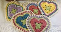 Granny Sweet Heart Motif - http://www.ravelry.com/projects/yarnpumpkin/granny-sweet-heart
