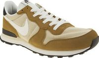 Nike Beige Internationalist Mens Trainers A regular on the feet of the fashion elite, the Nike Internationalist arrives in a tonal beige, black and white colourway. The suede upper features fabric panels, with Swoosh branding for a stamp of a http://www.c...