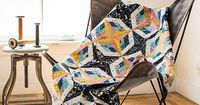 Scrap Patchwork: Traditionally Modern Quilts �€� Organize Your Stash to Tell Your Color Story by Sandra Clemons