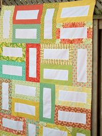 "free pattern.. quilt is made using 1 yard of solid and 24 wof 2.5"" strips"