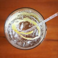 During the Summer, there's nothing like classic English cocktails: gin and tonics and Pimm's Cups, for example. The problem is, tonic water and ginger ale are