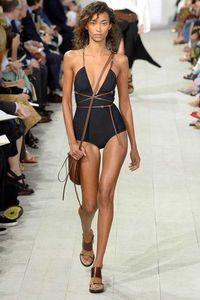 The complete Michael Kors Collection Spring 2016 Ready-to-Wear fashion show now on Vogue Runway.