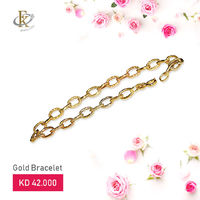 Let the love shine through the brilliance of gold in this unique gold bracelet. 