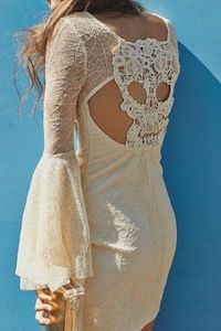 Skull lace dress I don't like skulls or lace but for some reason this intrigues me.