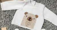 Love this sweet Knitting Pattern of a Baby Sweater with a sturdy Bear - Free pattern - Yarnplaza.com