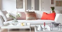 Suvi's inspirational Finnish sitting room. Valkoinen Harmaja blog.